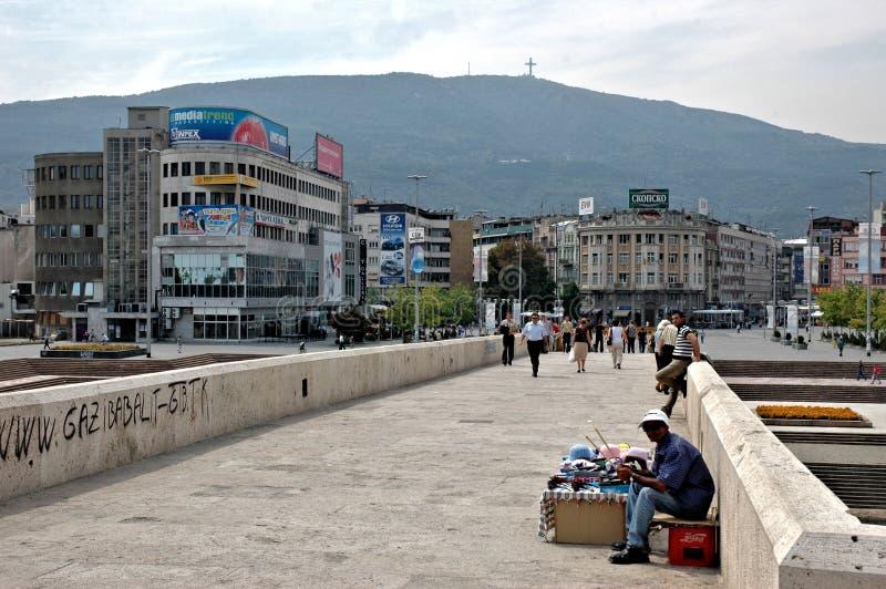 Kamen Host Bridge Skopje, Makedonien arkivbild