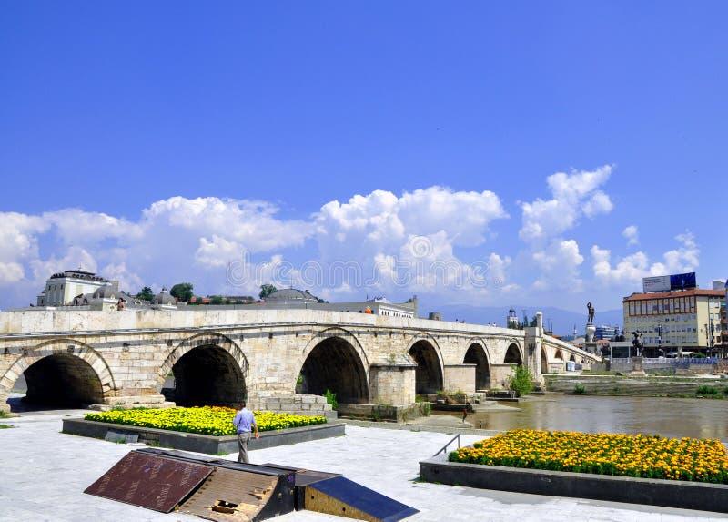 Kamen Most Bridge Skopje, Makedonien royaltyfri fotografi