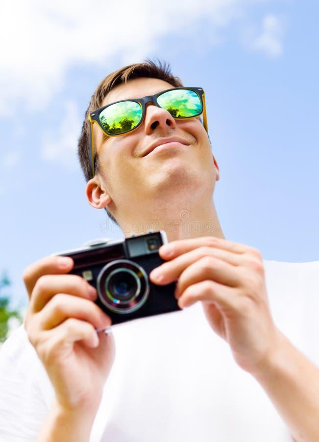 kamera isolerat manwhitebarn arkivfoton