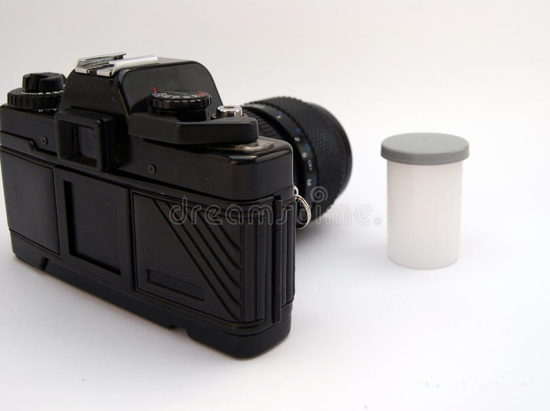 Kamera mit Film lizenzfreie stockfotografie