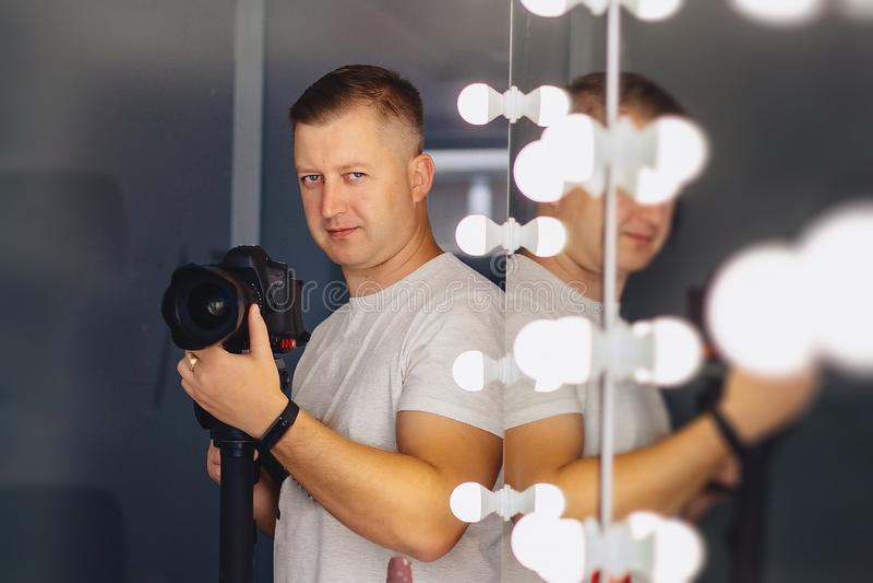 Kamera z kamerÄ… na mononogu fotografia stock