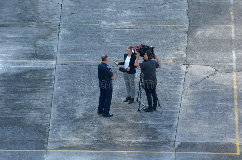 Kameraman And Reporter royaltyfri fotografi