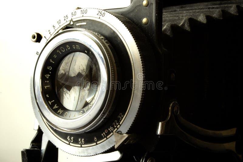 Kameraobjektiv und Blendenverschluß lizenzfreie stockfotografie
