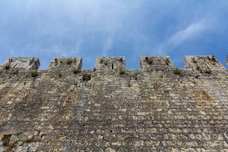 Kamerlengo城堡墙壁  库存图片