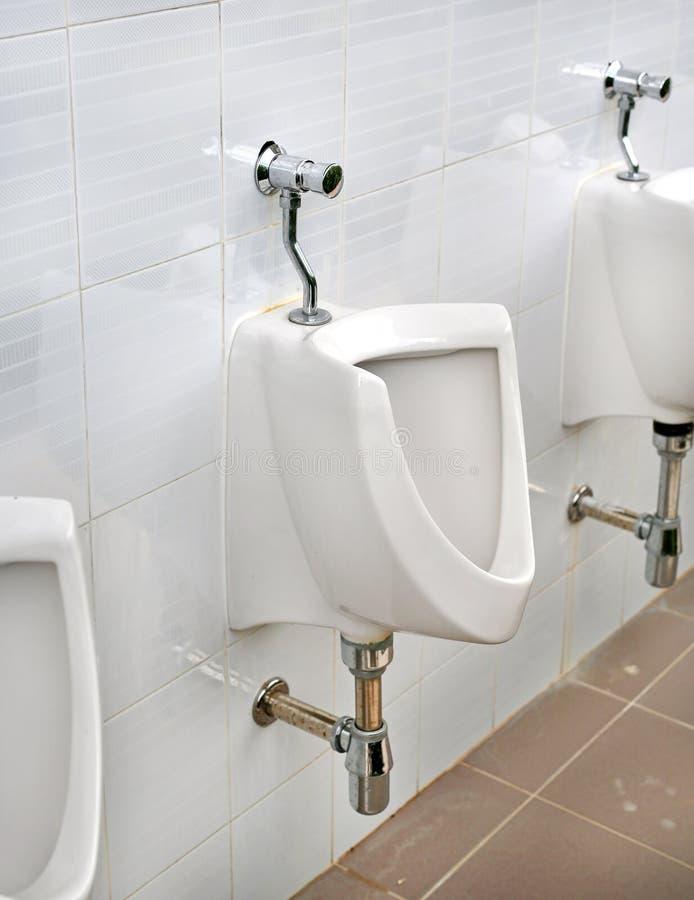 Kamerpot in mensen openbaar toilet royalty-vrije stock afbeeldingen