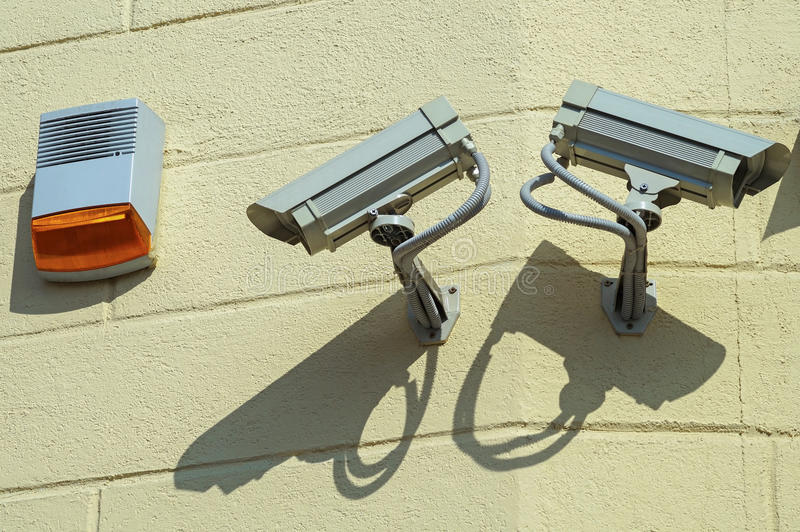 Kamery bezpieczeństwa na ścianie obraz stock