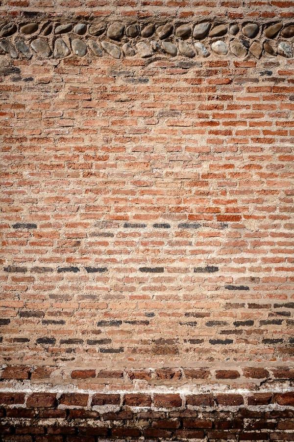 Download Kamień i ściana z cegieł zdjęcie stock. Obraz złożonej z tło - 53784550