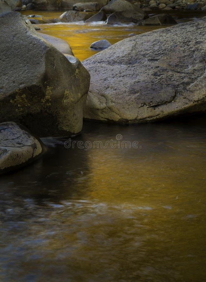 Kamień, woda i światło, zdjęcie royalty free