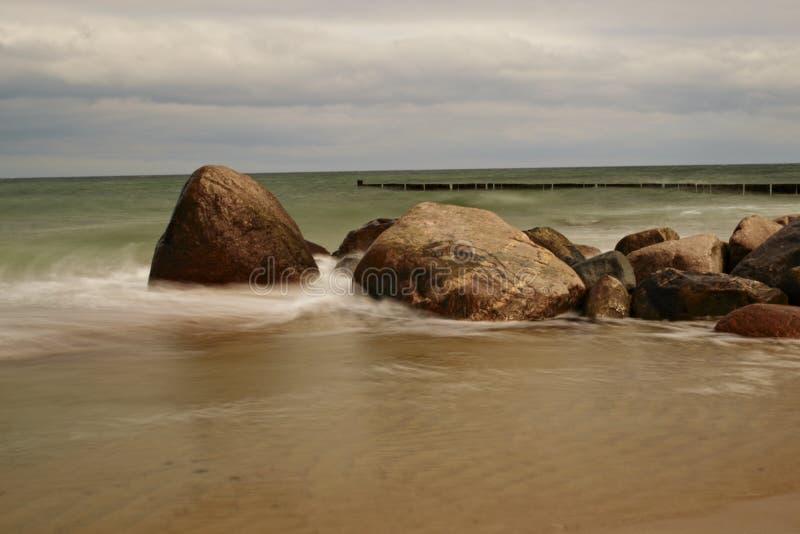 Kamienie przy plażą fotografia stock