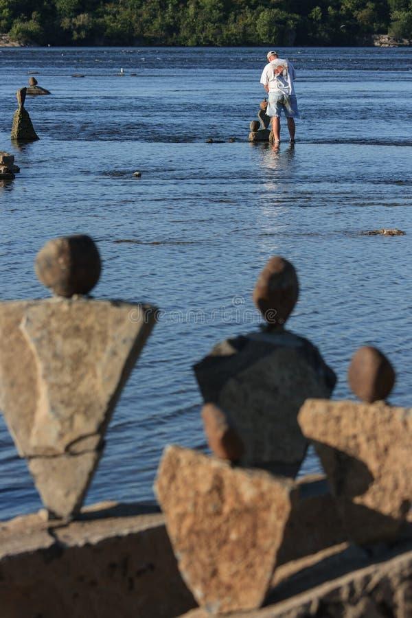 Kamienie TARGET268_1_ Kamiennego Balancer zdjęcia stock