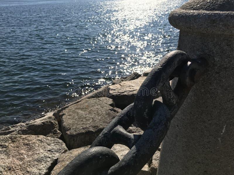 Kamienie w dennym wybrzeżu obraz royalty free