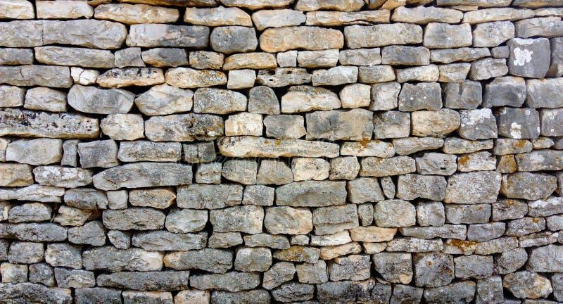 Kamienna ściana różnorodne formy bez cementu obraz royalty free
