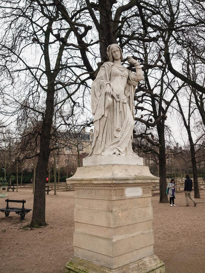 Kamienna statua w Luksemburg uprawia ogródek, jeden wielki publi zdjęcia royalty free
