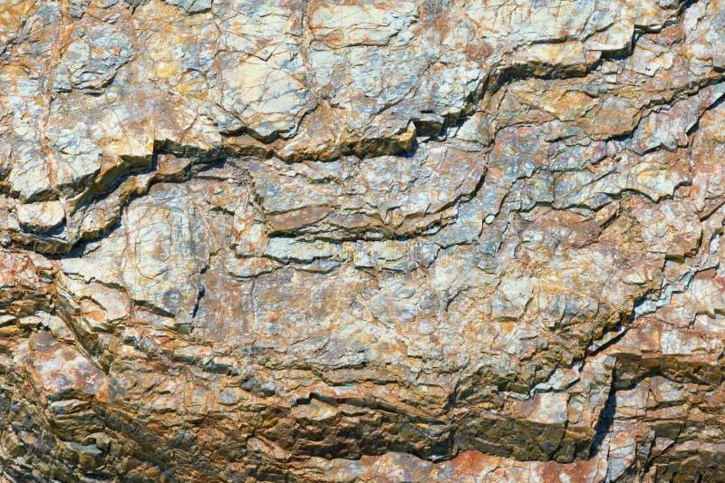 Kamienni tła, góry rockowa tekstura na słonecznym dniu fotografia stock
