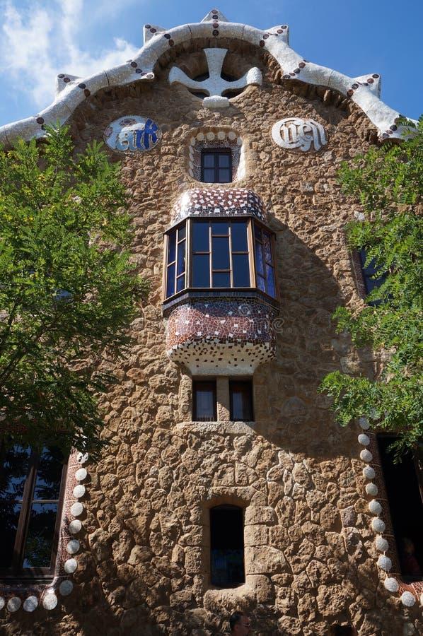 Kamienny budynek w Parkowym Guell fotografia stock
