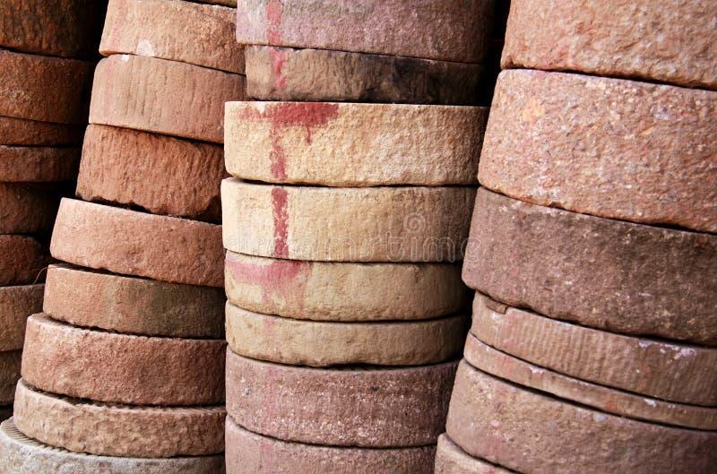 Download Kamienny młyn zdjęcie stock. Obraz złożonej z rolnictwo - 27658844