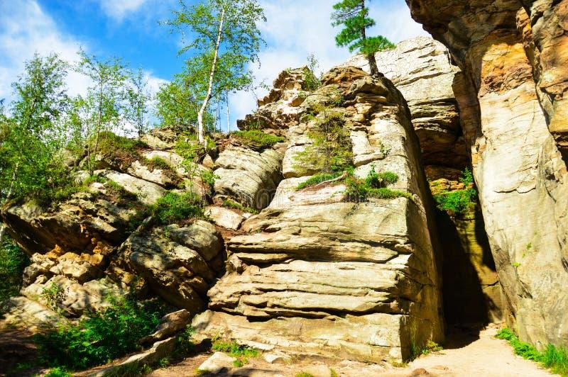 Download Kamienny miasteczko zdjęcie stock. Obraz złożonej z góra - 53786204