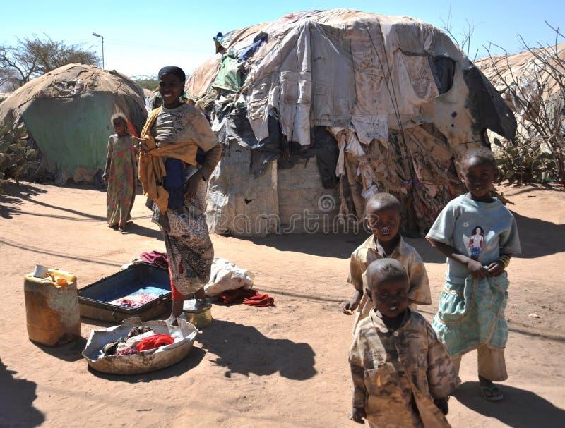 Kamp voor Afrikaanse vluchtelingen en ontheemde op de rand van Hargeisa in Somaliland onder de V.N.-auspiciën. royalty-vrije stock fotografie
