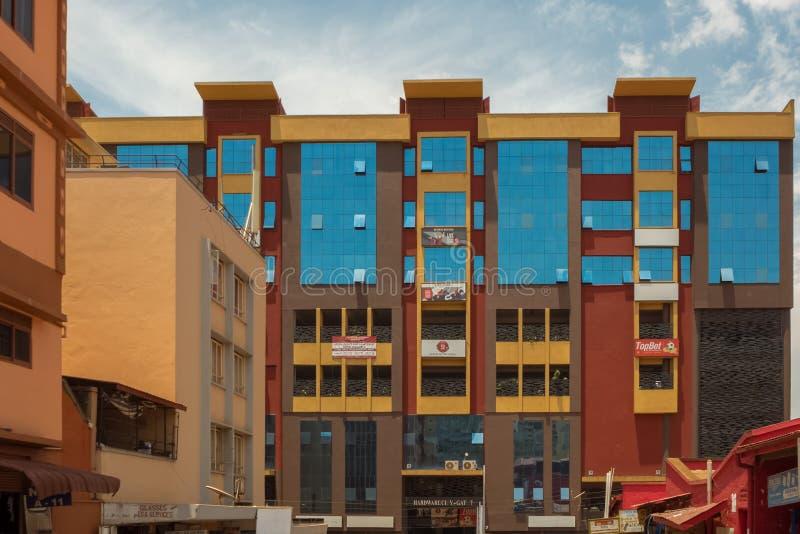 KAMPALA, OUGANDA - 11 AVRIL 2017 : Ville de matériel photos stock