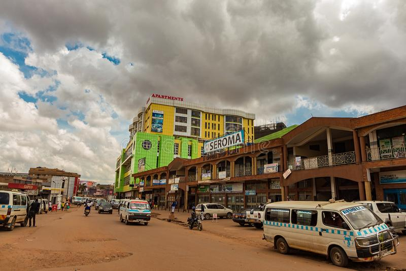 Kampala, Uganda - 9 kwietnia 2017: Droga w Kampali fotografia stock