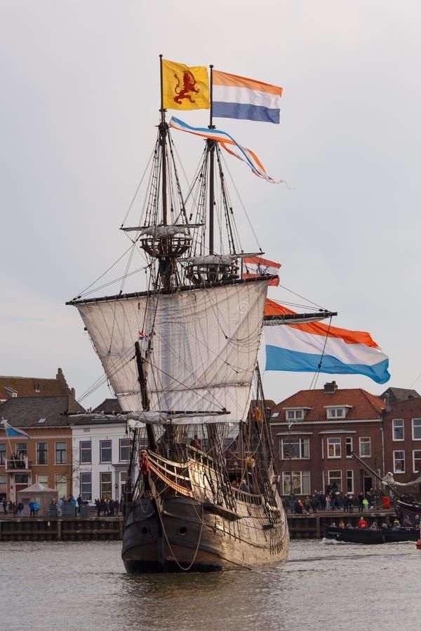 Kampen holandie - Marzec 30, 2018: VOC statek De Przekrawający Maen obraz royalty free