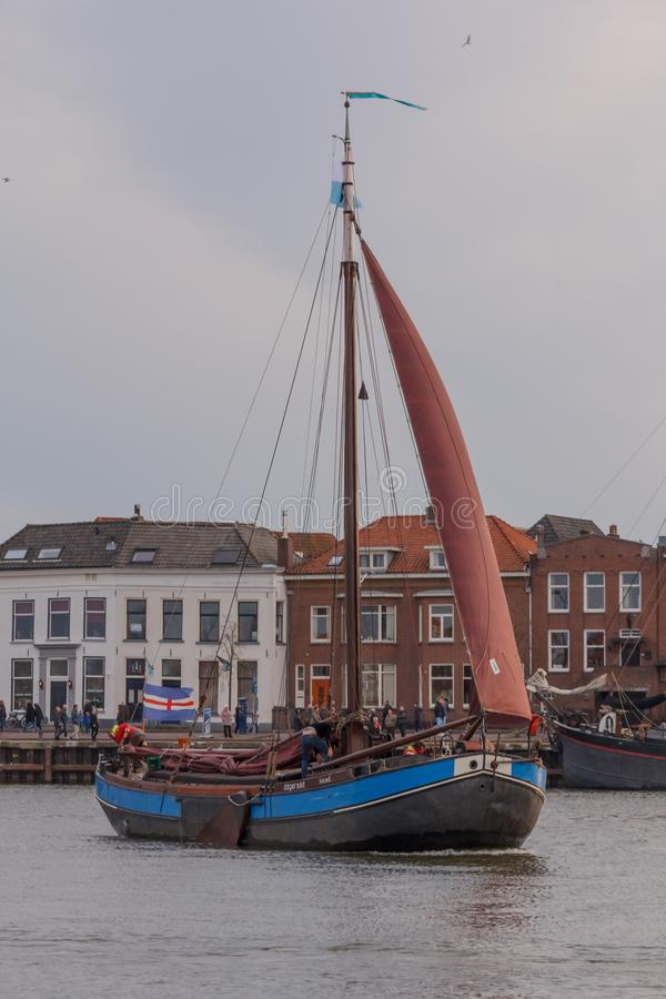 Kampen Nederländerna - mars 30, 2018: Hasselter aak De Dager royaltyfri foto