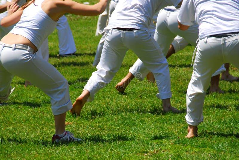 Kampfkunstkursteilnehmer stockfotos