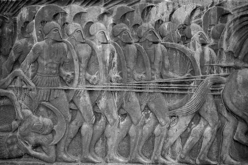 Kampfszene auf der Statue von Alexander der Große in Saloniki lizenzfreies stockbild