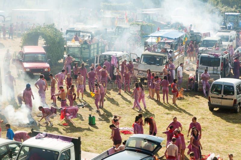 Kampieren nach Haro Wine Festival-festiva lizenzfreie stockbilder