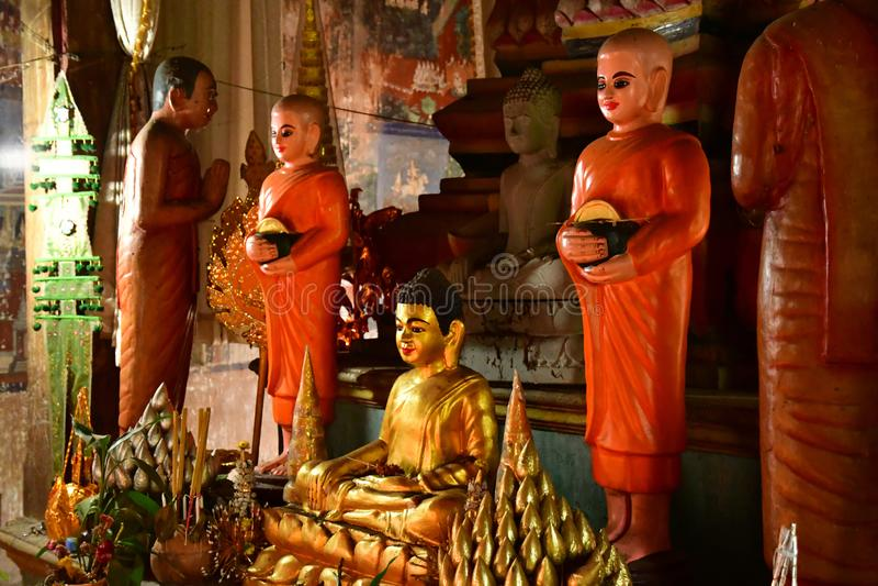 Kampong Tralach; Koninkrijk Cambodja - 21 augustus 2018 : Wat Kampong Tralach Leu pagoda site royalty-vrije stock foto