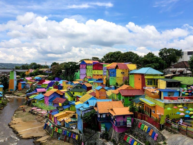 Kampung Warna Warni五颜六色的议院在Jodipan村庄,玛琅 库存图片