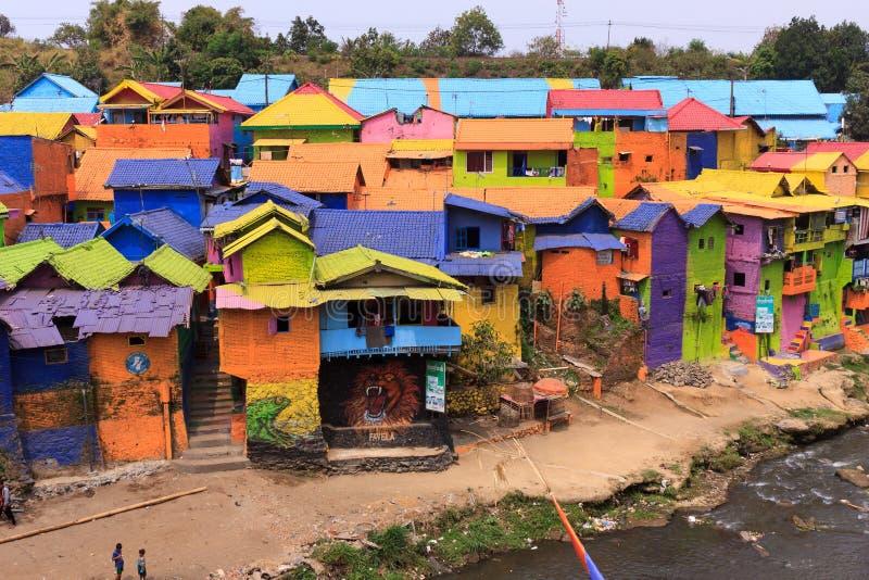 Kampung Warna Warni Jodipan färgglad by Malang royaltyfria bilder