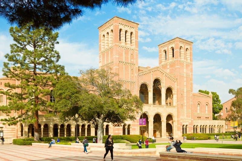 kampusu etyki wielo- ucznie uniwersyteccy obraz royalty free