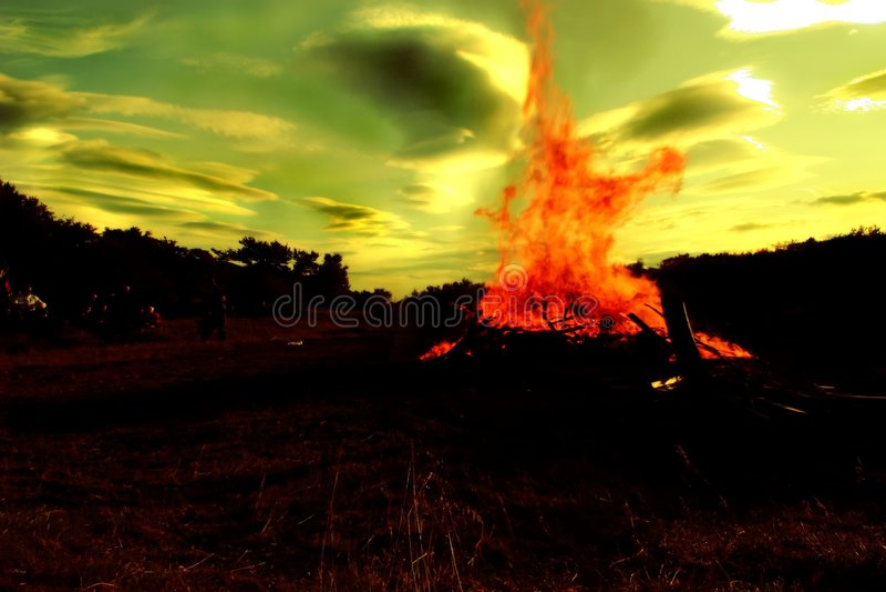 Download Kampvuur stock foto. Afbeelding bestaande uit singing, tent - 26640