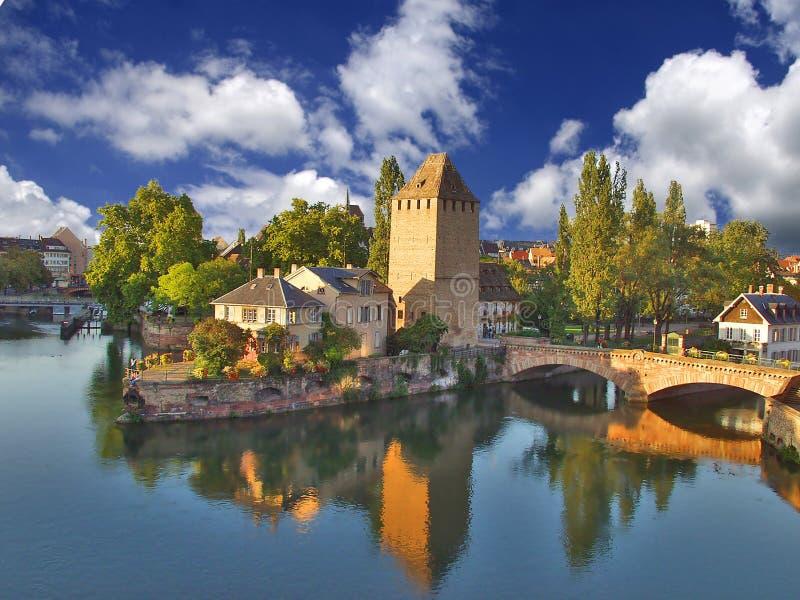 Kanäle Straßburg stockbilder