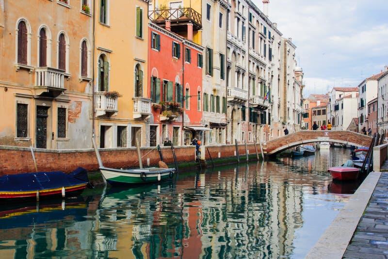 Kanäle, Venedig stockbilder