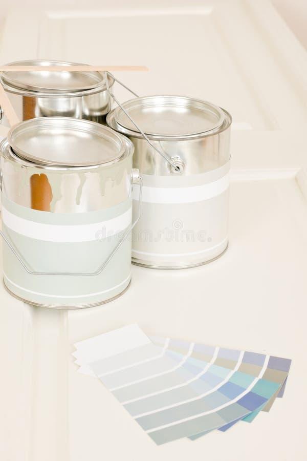 kan color att dekorera home målarfärgprovkartor royaltyfria bilder