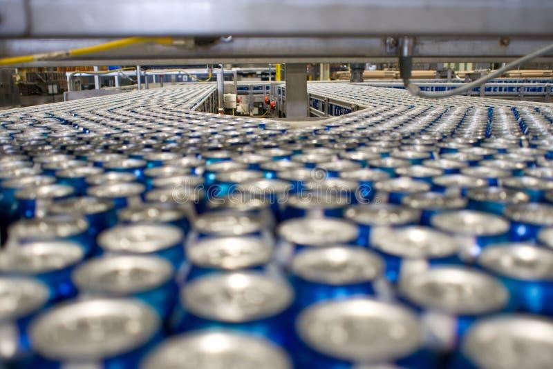 Kan fabriek stock foto