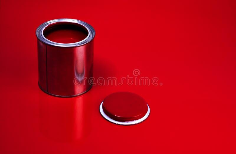 kan röd fernissa royaltyfri foto