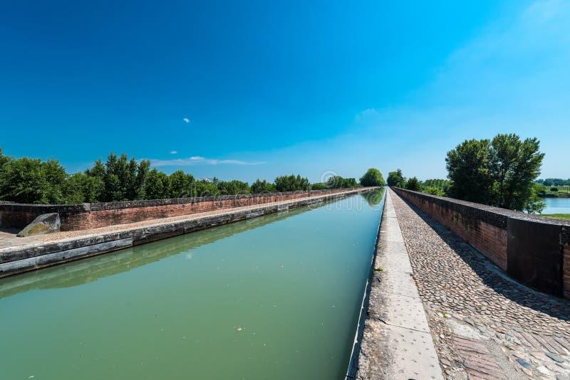 Kanał de Garonne w Moissac, Francja obrazy stock