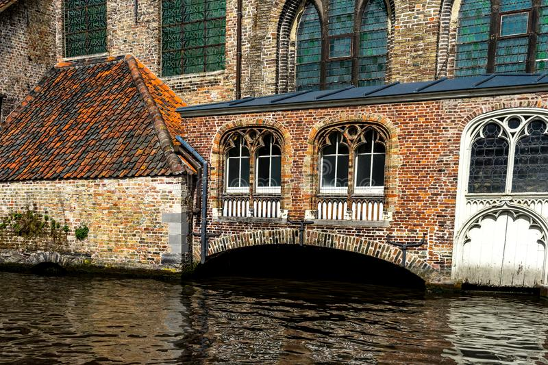 kanał przy Brugge, Belgia zdjęcia stock