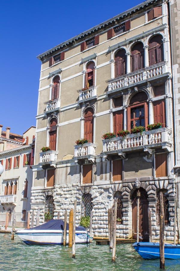 kanałowi uroczyści domy Italy Venice obrazy stock