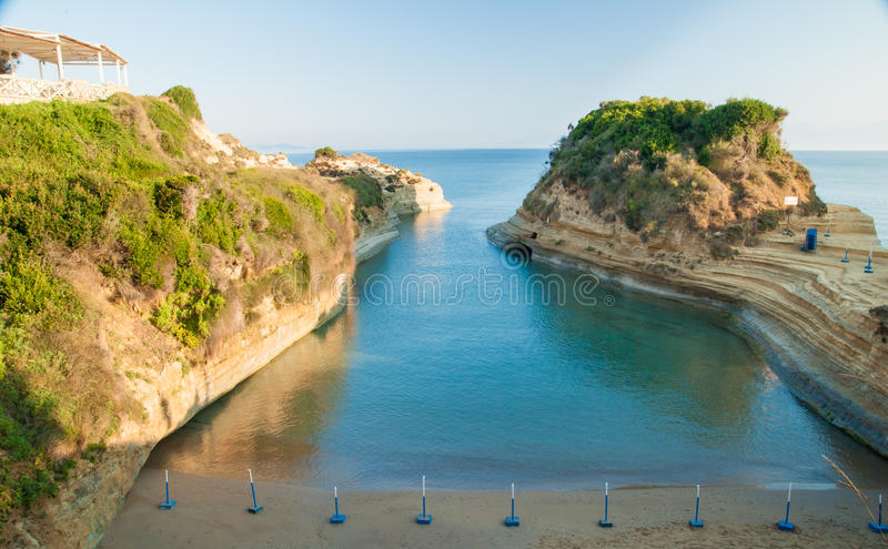 Kanałowy d'amour Sidari, Corfu wyspa w Grecja Kanał miłość obrazy royalty free