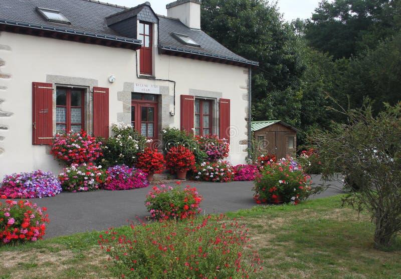 Kanałowy kędziorka dom na Nantes Brest kanał obraz royalty free