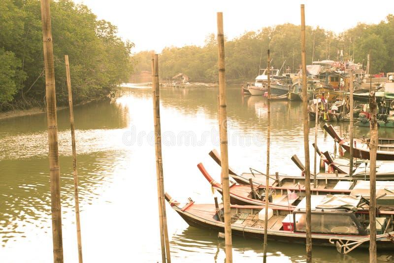 Kanałowy rybaka port zdjęcie royalty free