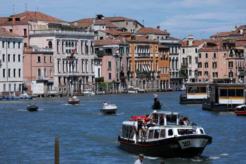 Kanały i łodzie w Wenecja, Włochy zdjęcie stock