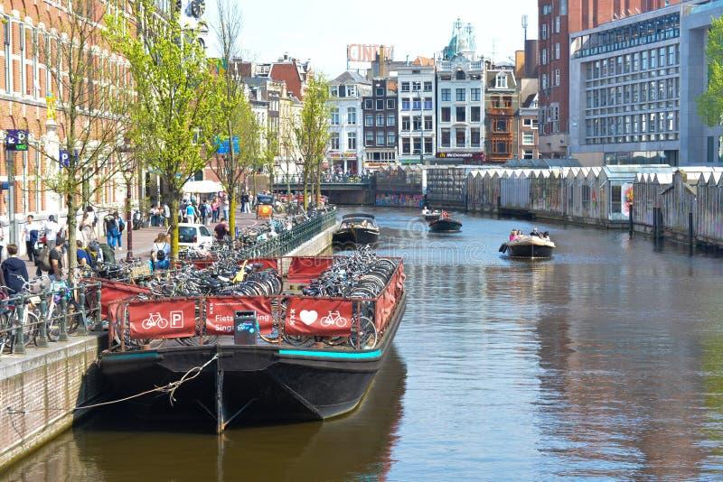 Kanaal in Amsterdam stock fotografie