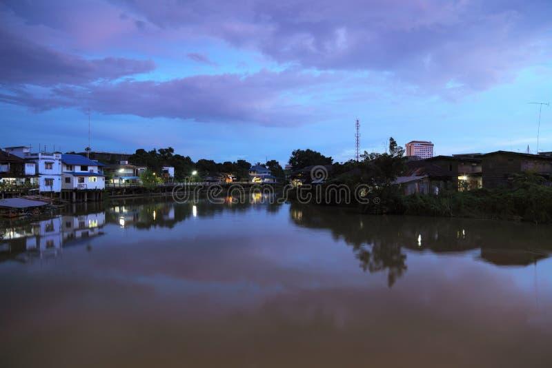 Kanaal bij nacht stock foto
