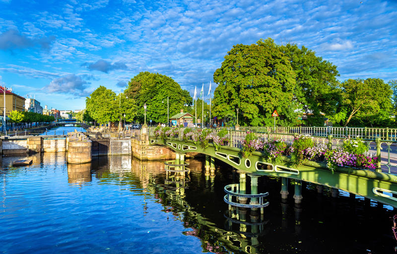 Kanaal in het historische centrum van Gothenburg - Zweden royalty-vrije stock foto