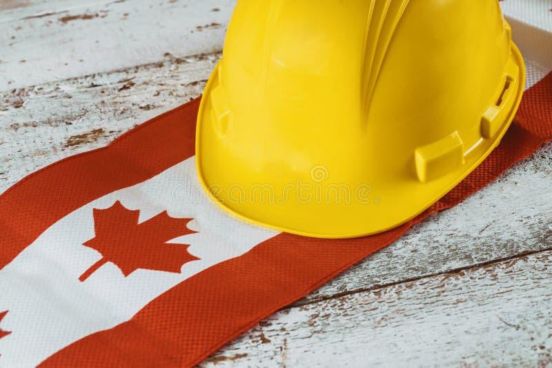 Kanada święto pracy koloru żółtego i kartki z pozdrowieniami szczęśliwy hełm fotografia stock